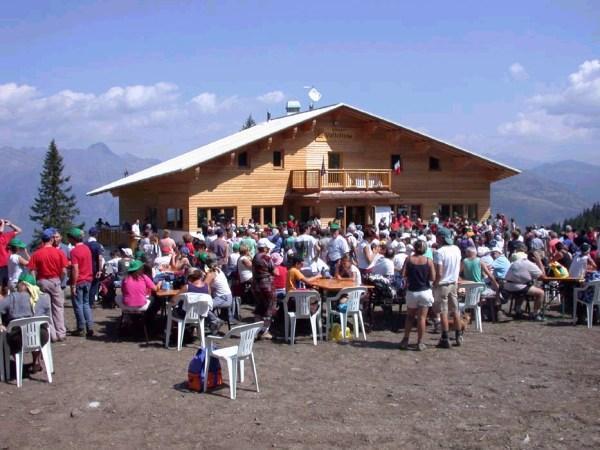 Inaugurato il nuovo Rifugio Valtellina
