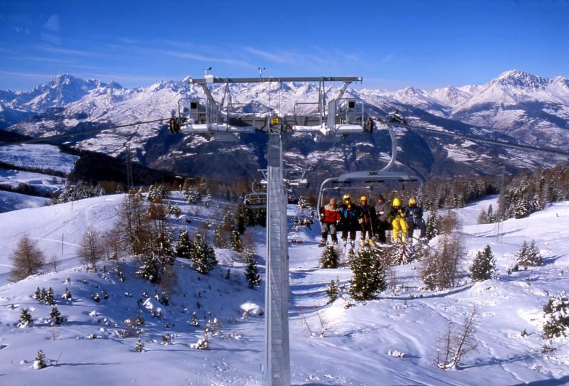 Sciare a Pila Valle d'Aosta: da sabato 1 dicembre impianti aperti