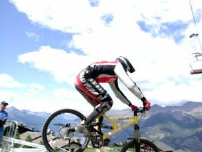 Con la bella stagione nella conca valdostana aprono i tracciati per le ruote grasse