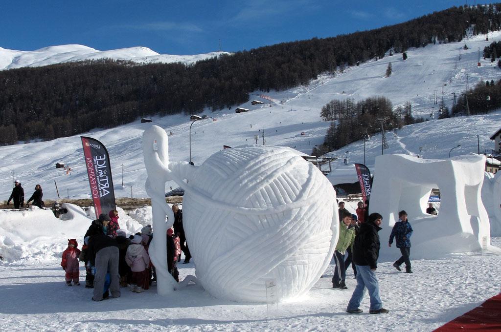 """Art in Ice 2010: a Livigno vince """"il gomitolo"""""""