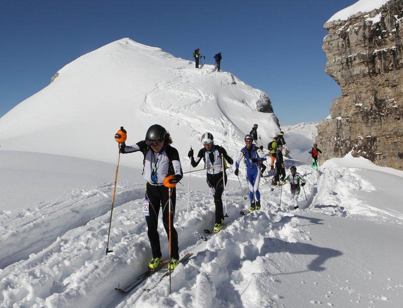 Passaggio spettacolare alla Ski Alp Dolomiti di Brenta