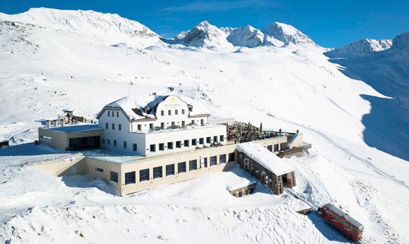 Pernottamenti sostenibili in Engadina, presso lo storico albergo Muottas Muragl