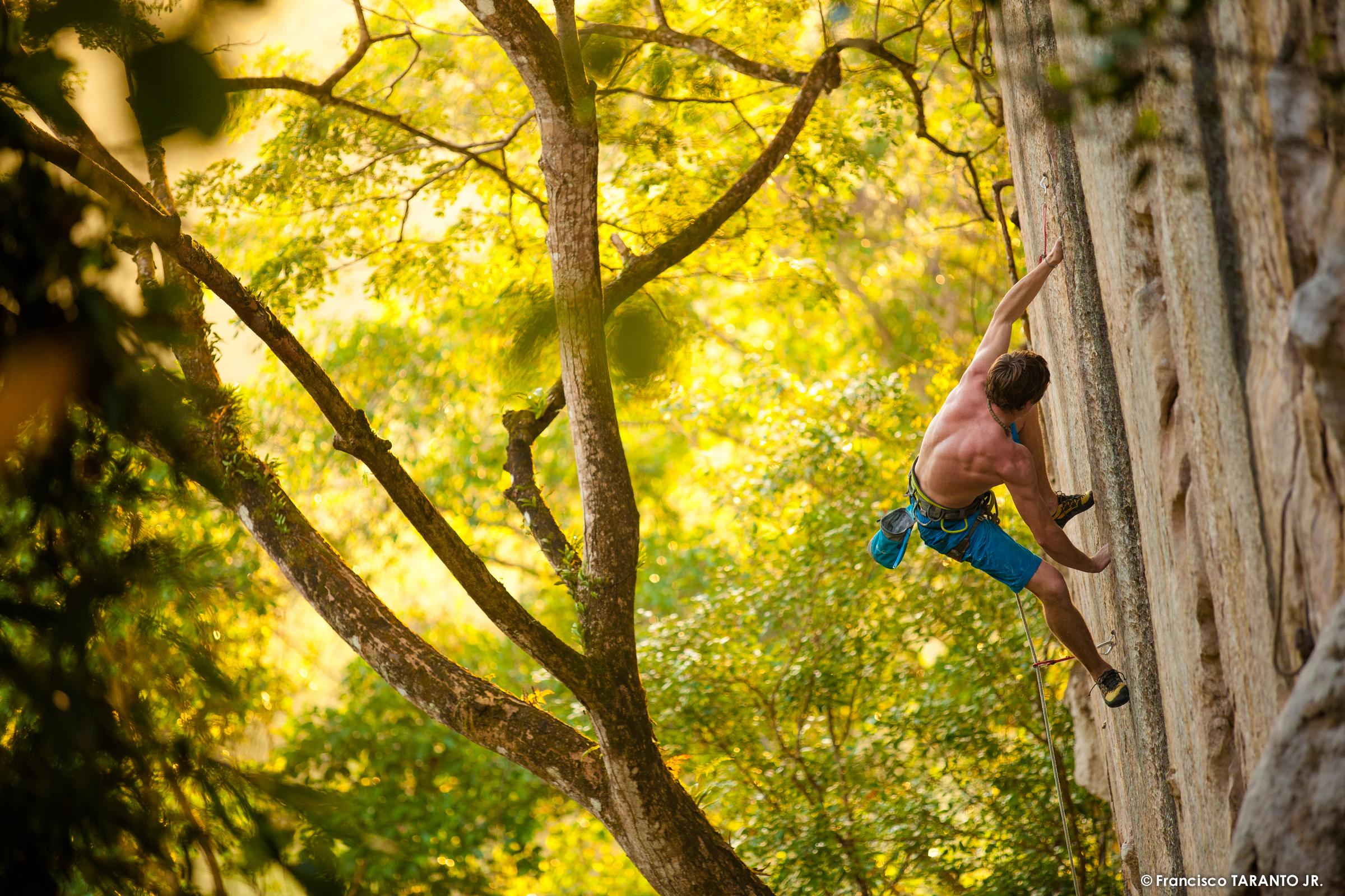 James Pearsons e Caroline Ciavaldini: arrampicare nelle Filippine