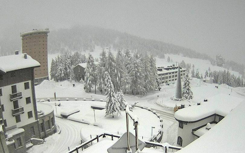 Neve intensa sulle Alpi