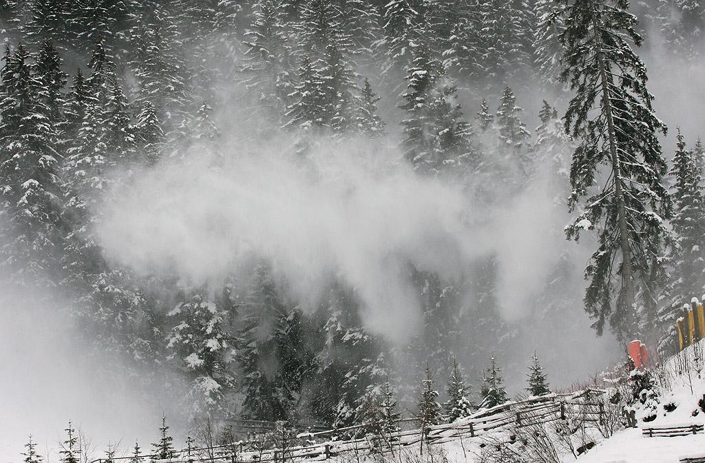 Vento troppo forte, cancellata la discesa libera della Val Gardena